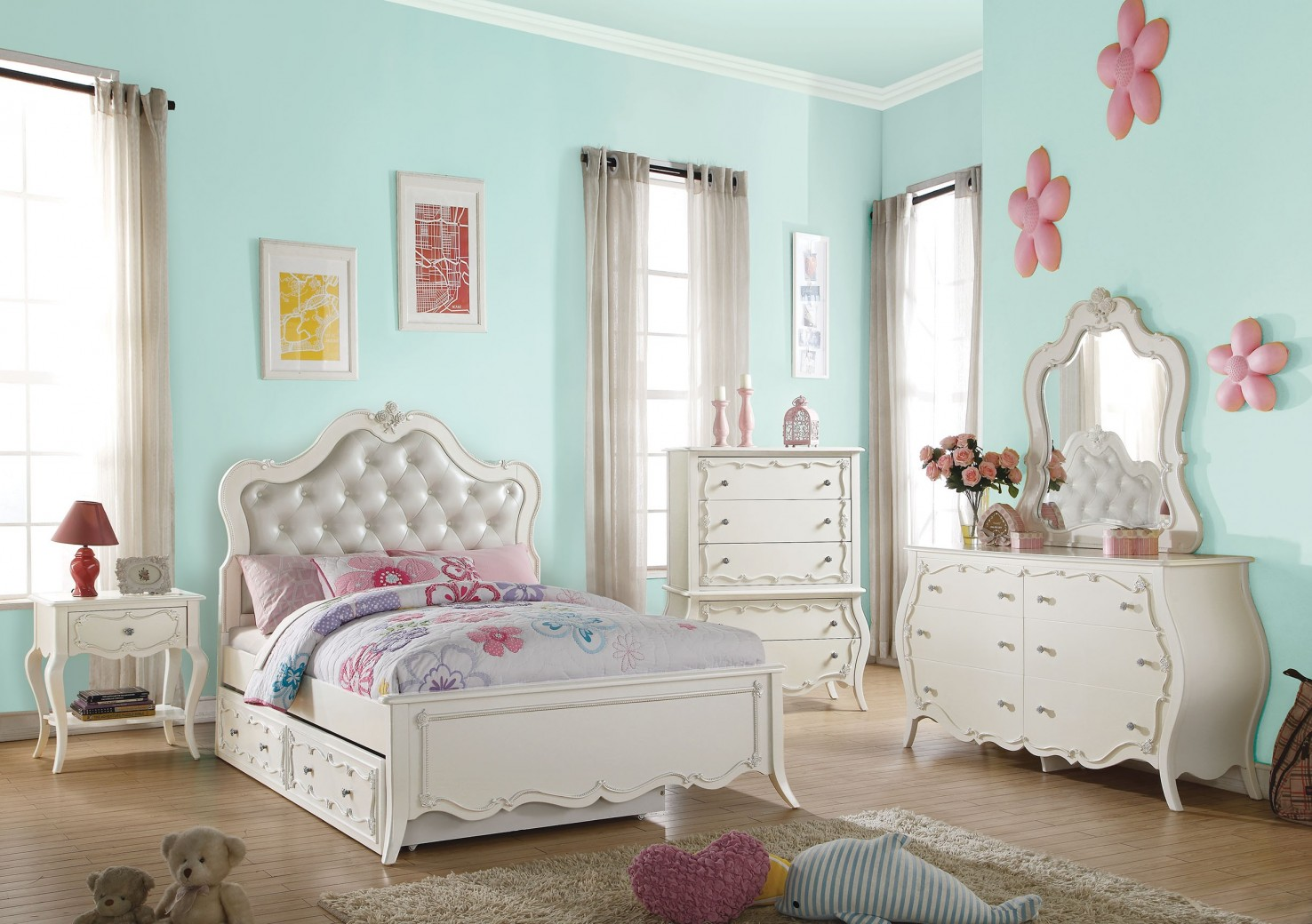 30505 Edalene Youth Bedroom Set Collection Victorian Style
